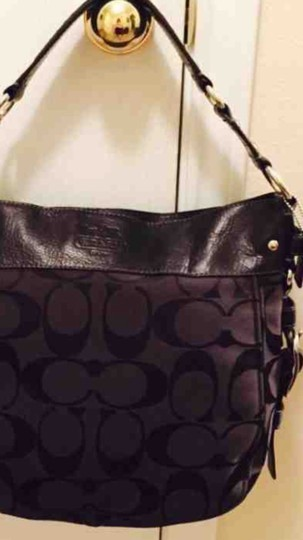 59e65527dd432 Coach Zoe Large Signature 12674 Black Jacquard Shoulder Bag - Tradesy