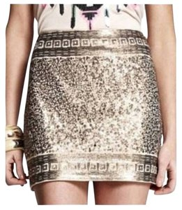 Express Statement Sequin Embellished Aztec Mini Skirt Gold