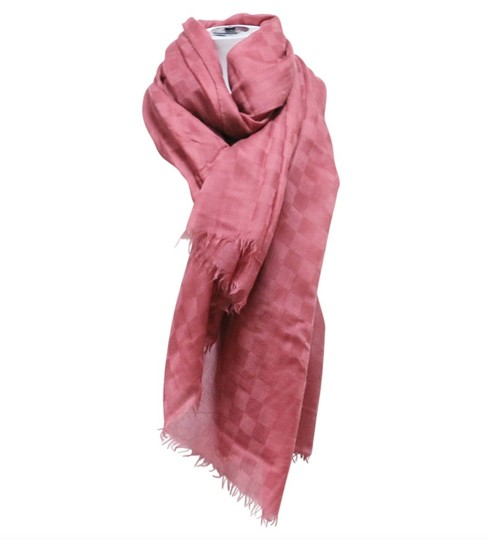 Preload https://img-static.tradesy.com/item/20063545/louis-vuitton-blush-pink-soft-flawless-scarfwrap-0-2-540-540.jpg
