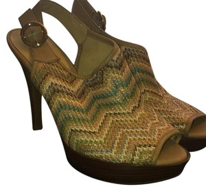 Nine West Tan multi colored Sandals