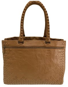 Bottega Veneta Tote in Brown Caramel