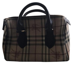 Burberry Satchel in Beige/Brown