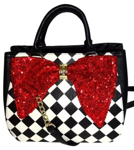 Betsey Johnson Check Satchel in black/bone