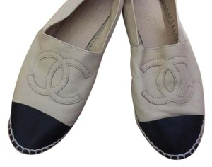 Chanel Logo Black and Beige Flats