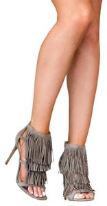 Steve Madden Taupe suede Sandals