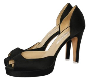 Oscar de la Renta Satin Open Toe Black Pumps