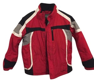 L.L.Bean 100% Nylon 100% Nylon Lining Boys M 10-12 Coat