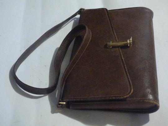 Gucci Equestrian Accents Multi-compartment Two-way Style Asymmetrical Top Shoulder Bag Image 4