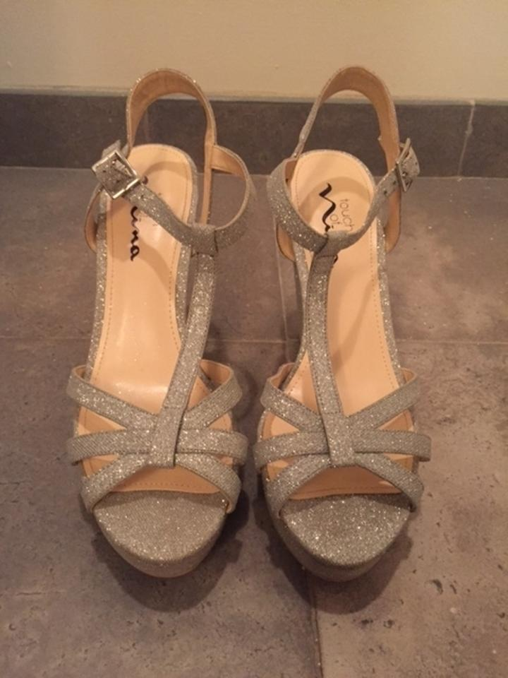 Touch Of Nina Metallic Silver Glitter Sandal Wedges Size US 8 Regular M B
