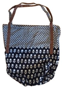 Urban Outfitters Uo Black Ikat Pattern Beach Bag
