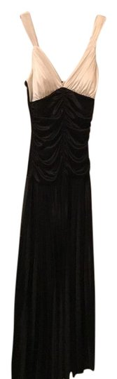 DEB Black And White 3912501d Dress - 65% Off Retail 60%OFF