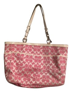 Coach Large Large Tote in Pink Off white