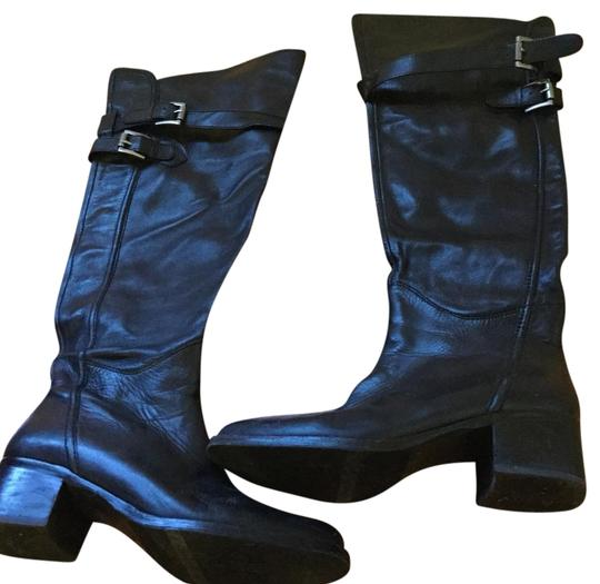 Preload https://img-static.tradesy.com/item/20068970/bcbgeneration-black-bootsbooties-size-us-75-regular-m-b-0-1-540-540.jpg