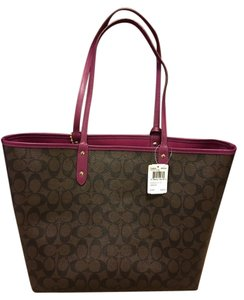 Coach Tote in Brown/Fuchsia
