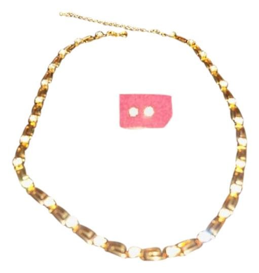 Preload https://img-static.tradesy.com/item/20069395/gold-tone-clear-crystals-with-earrings-set-necklace-0-1-540-540.jpg