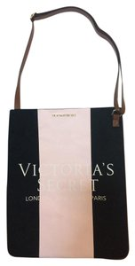 Victoria's Secret Tote in Black/pink
