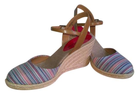 Preload https://item1.tradesy.com/images/bandolino-blue-multi-quipster-rojo-stripe-sandals-size-us-7-200695-0-0.jpg?width=440&height=440