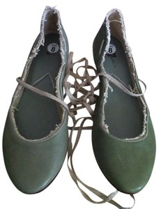 7 For All Mankind Leather Olive Green Flats