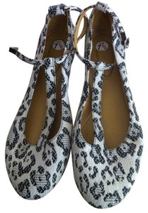 See by Chloé Leather Animal Print Black & White Flats