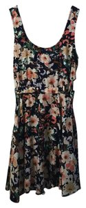 Urban Outfitters short dress Floral on Tradesy