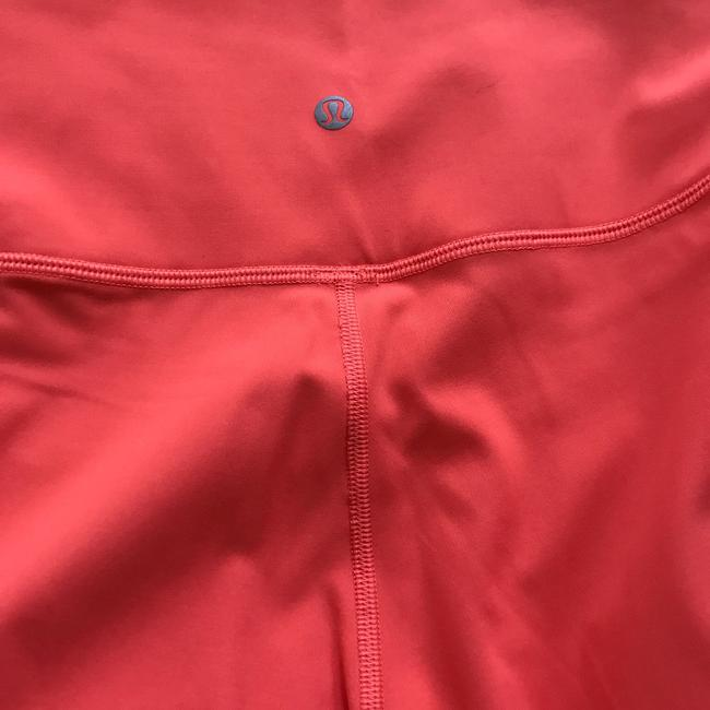 Lululemon Size 8 NWT RISE AND FLOW PANT Image 9
