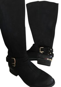 Steve Madden Black with gold details Boots
