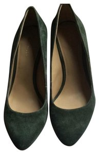 Ann Taylor Green suede Wedges