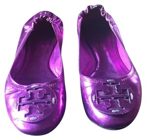 Tory Burch Metallic Fuschia Flats