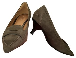Coach Feathered Grey (appears light brown) Pumps