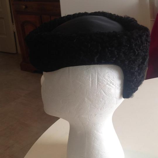 Other flawless vintage Persian lamb hat Image 1