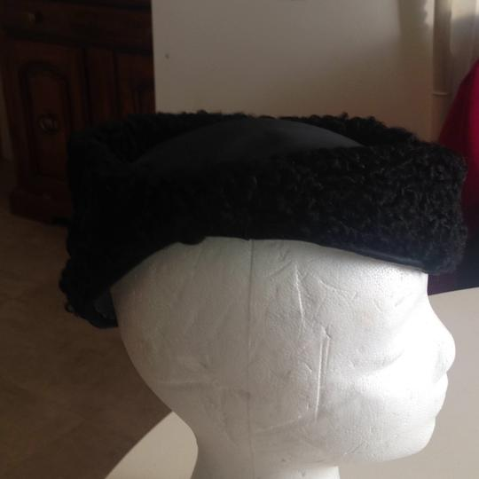 Other flawless vintage Persian lamb hat Image 4