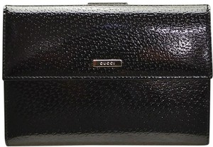 Gucci NIB GUCCI BLACK PATENT LEATHER WALLET MADE IN ITALY