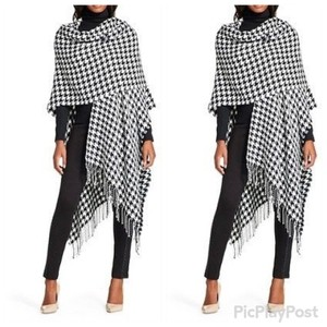 The Envy Collection Cape