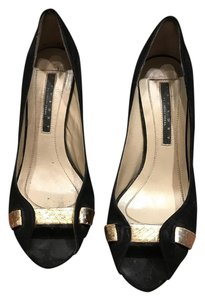 Laundry by Shelli Segal Suede Black gold Formal