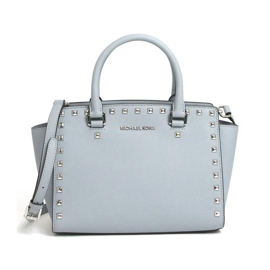 Preload https://img-static.tradesy.com/item/20072174/michael-kors-selma-stud-medium-top-zip-dusty-blue-silver-saffiano-leather-satchel-0-1-540-540.jpg
