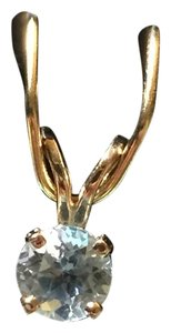 Aquamarine 0.25 cwt Tiny 14-karat Yellow Gold Pendant