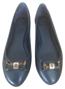 Tory Burch Shell Tortoise Leather Navy Flats