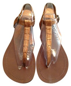 Kelly & Kate Gold Sandals