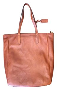 Fossil Sydney Tote in Brown