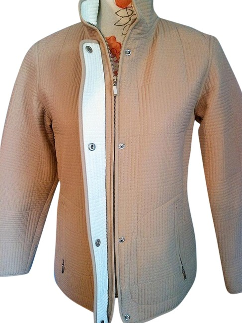 Preload https://img-static.tradesy.com/item/20073266/gallery-beige-zipper-tan-quilted-spring-jacket-size-4-s-0-3-650-650.jpg