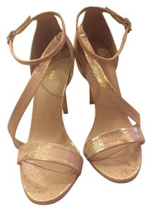 Express Heels Size 7 Strappy Gold Sandals