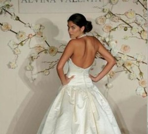 Alvina Valenta Low Back Ballgown #9910 Silk Satin Sz 6/8 Wedding Dress