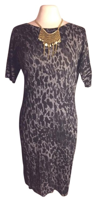 Preload https://img-static.tradesy.com/item/20073672/ann-taylor-loft-blackgray-nwot-sz-small-medium-wool-blackgray-animal-print-knee-length-workoffice-dr-0-1-650-650.jpg