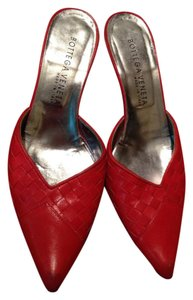 Bottega Veneta Leather Italian Red Mules