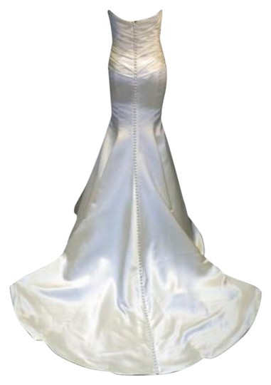 Preload https://img-static.tradesy.com/item/20073859/augusta-jones-creme-ivory-charmuse-satin-mermaid-patti-curve-hugging-sweetheart-strapless-1012-sexy-0-6-540-540.jpg