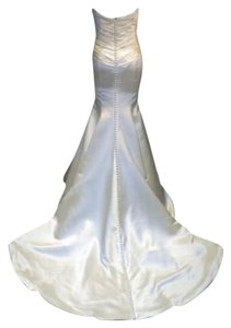 Augusta Jones Creme Charmuse Satin Mermaid Patti Sexy Curve Hugging Sweetheart Strapless 10/12 Feminine Wedding Dress Size 10 (M)