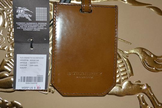 Burberry NWT BURBERRY PRORSUM EYELET FRINGE LEATHER LUGGAGE TAG Image 4