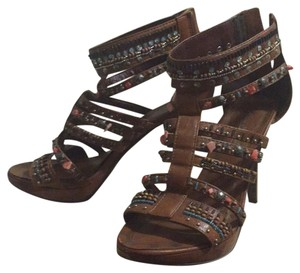 Anne Michelle Camel Platforms