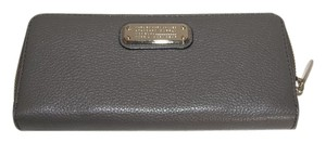 eae5840d94 Marc by Marc Jacobs MARC by MARC JACOBS Zip Around Continental Wallet
