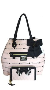 Betsey Johnson Wallet Xl Tote in blush